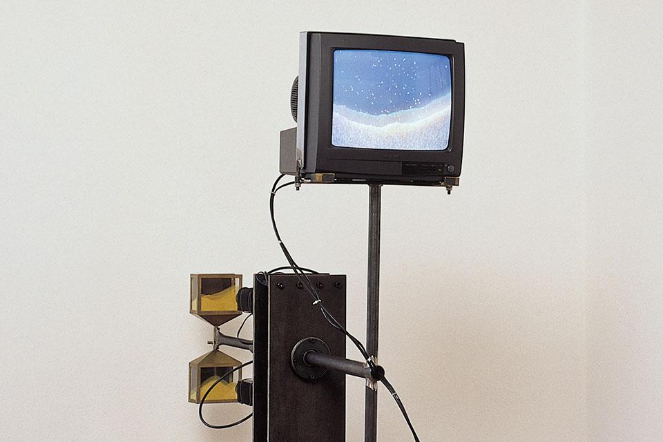 glasen, video sculpture, detail
